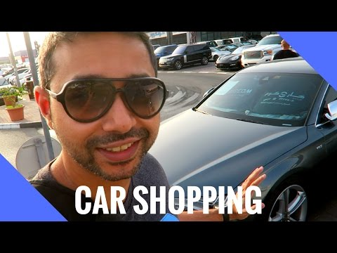 New car shopping at the Al Aweer  auto market