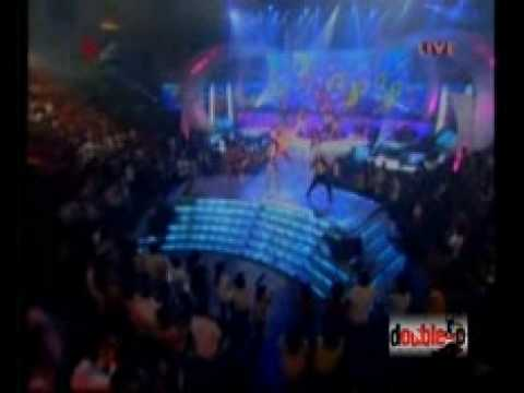 cinta laura-Lets Get The Beat-feat Double-P Dancers