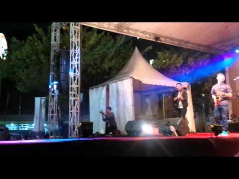 S5 (S - Five) Live @Cirebon - Tetap Dalam Jiwa (Isyana Sarasvati Cover)