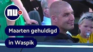 Van der Weijden maakt rondrit bij huldiging in woonplaats Waspik | NU.nl