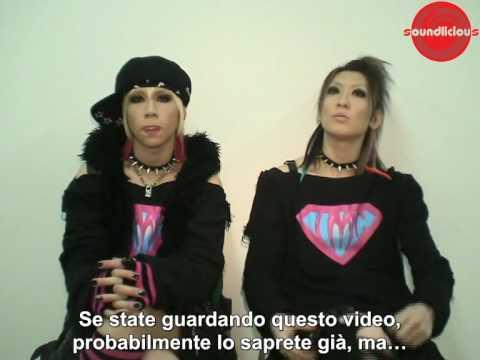 LM.C Vi augurano Buon Anno! (Italian subtitles)