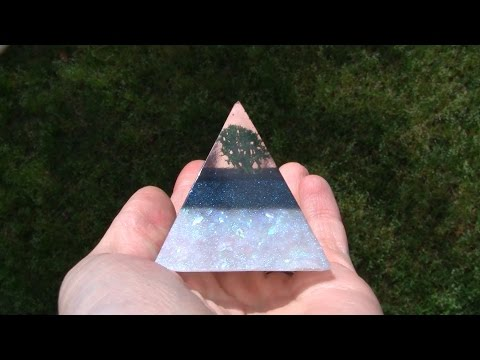 """Tree"" Resin Pyramid Tutorial Demo (ArtResin)"