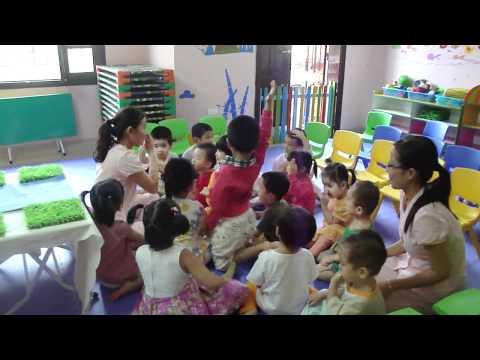 Trường Mầm Non KHC - Giờ Kể Chuyện.MP4