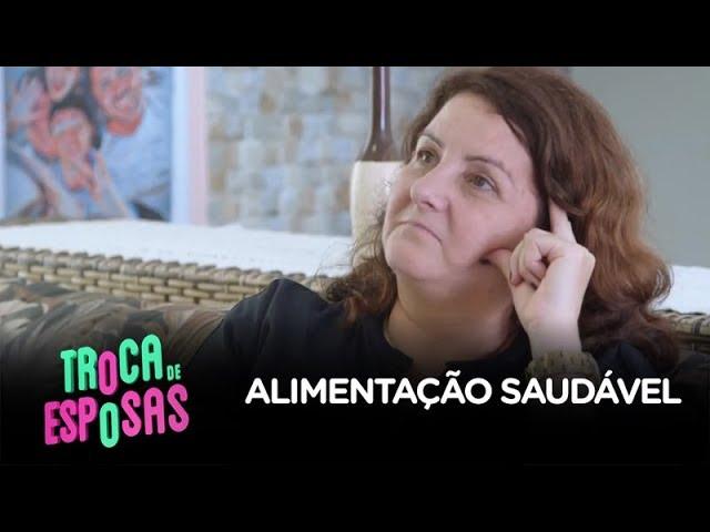 Drika se recusa a almoçar hambúrguer e é criticada por família de Fernando