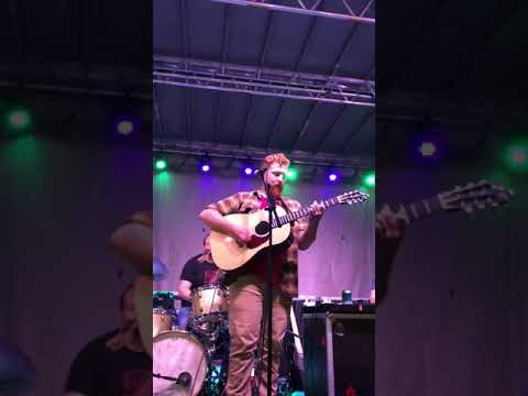 """Tyler Childers & The Food Stamps - """"Take My Hounds To Heaven"""""""