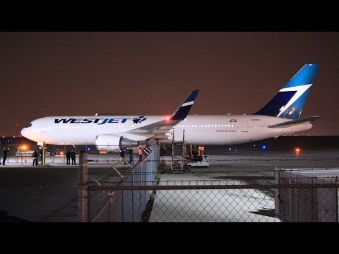 DELIVERY FLIGHT! WestJet 767-338ER [N324BC] Landing and Taxi at Calgary Airport ᴴᴰ