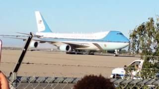 Obama lands at Castle AFB