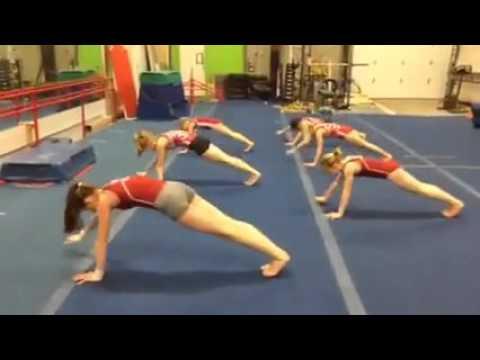 Видео с гимнастками тренеровки крупно фото 356-690