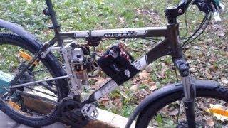 Велосипед с мотором 62 км/ч Bike with a motor 62 km/h(Переделал кардинально электровелосипед, теперь двигатель расположен в большом треугольнике рамы, появилс..., 2013-08-21T14:46:23.000Z)