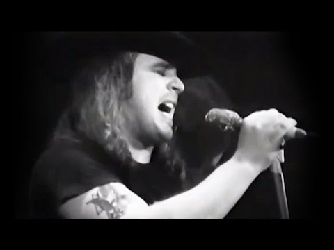 Lynyrd Skynyrd - Full Concert - 03/07/76 - Winterland (OFFICIAL)