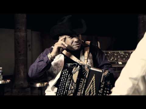 Intrusso de Nuevo Leon - La Caspa del Diablo (a duo Con Cesar Alafa)