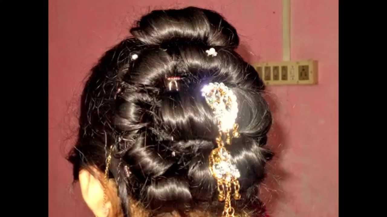 traditional bengali women hair style.