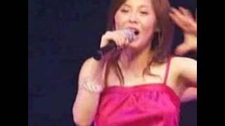 松浦亜弥 コンサでの強烈な胸揺れ.
