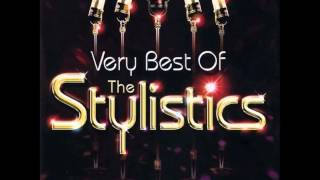 Watch Stylistics Sing Baby Sing video