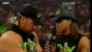 DX at RAW's 800th show