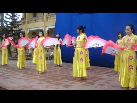 Múa Quạt Việt 11A1 THPT Nam Sách