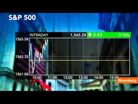 S&P 500 Rises Above Record Closing Level