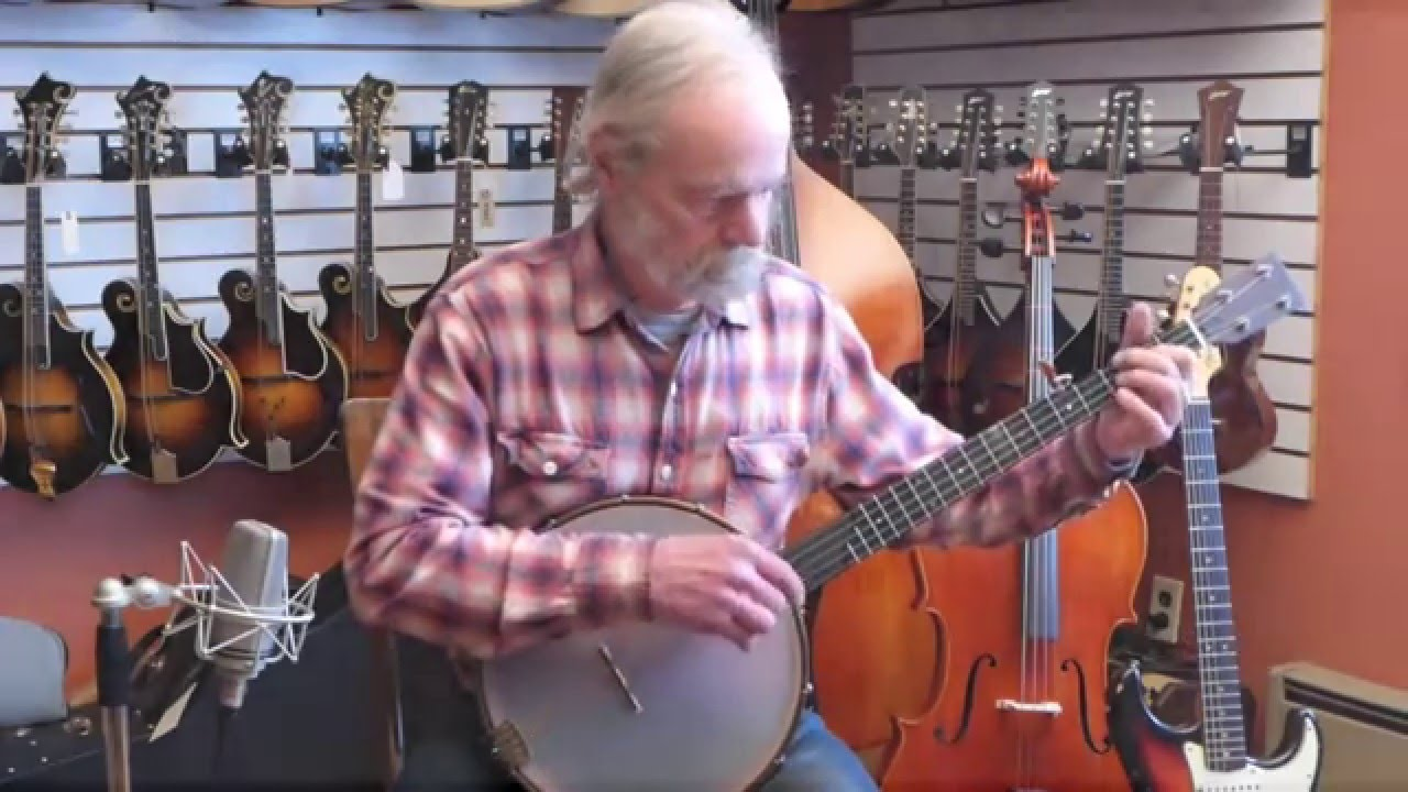 New OME Tupelo Banjo with 12