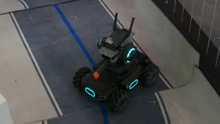 DJIの戦車型教育用ロボ「RoboMaster S1」動作風景