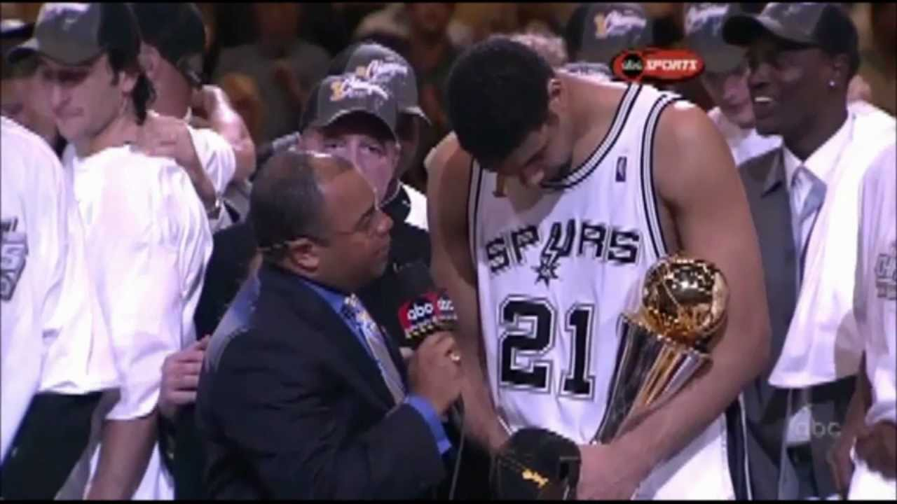 03年的MVP爭奪有多瘋狂?歐尼爾墊底,Kobe第三,可惜遇到了巔峰期的他!-籃球圈
