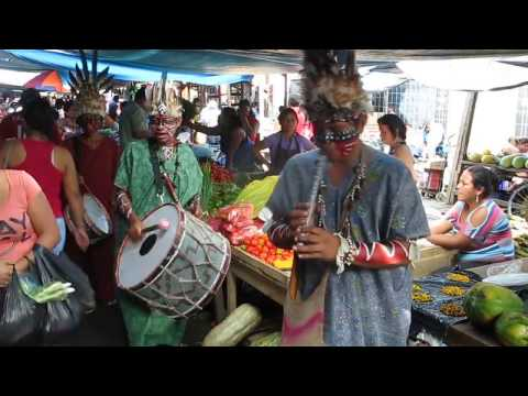 Belen Market - Iquitos - Natives take the Market (w/ music)!