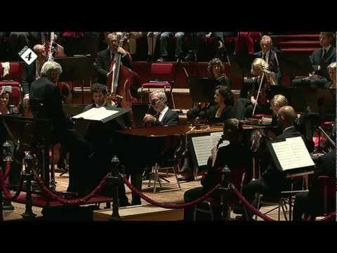 Beethoven: Pianoconcert nr.2 - Arthur Jussen - Frans Bruggen - Live Concert