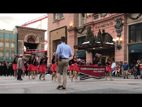 Ramblewood Middle School(Coral Springs, FL) perform at Universal Orlando 12/7/18