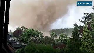 Mächtiger Tornado am Niederrhein