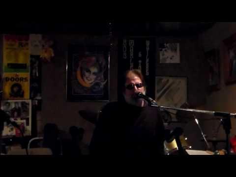 Cuban Pete karaoke style by Greg Dennmark