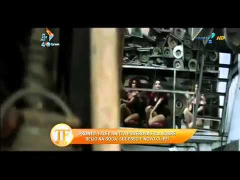 Anitta Sobre 'pegação'  'De Vez Em Quando Me Dou Bem No Show' - TV Fama 11/07/2014