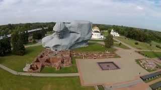Belarus Brest fortress / Беларусь Брестская крепость(Брестская крепость была построена в 30-е – начале 40-х годов XIX века у пересечения рек Западный Буг и Мухавец..., 2015-04-18T06:00:00.000Z)