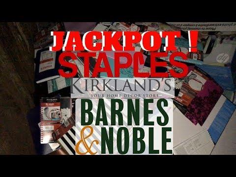 MEGA JACKPOT! Dumpster Diving At Barns & Noble Staples Kirklands Bed Bath & Beyond!- Night #61