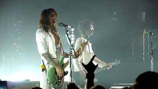 The Darkness - Rock and Roll Deserves to Die [HD] live @ Simm City, Wien