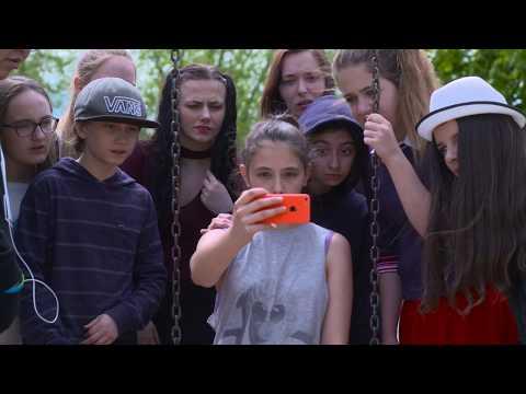 Film Tapis Rouge Trois Rivières - Aime et Partage