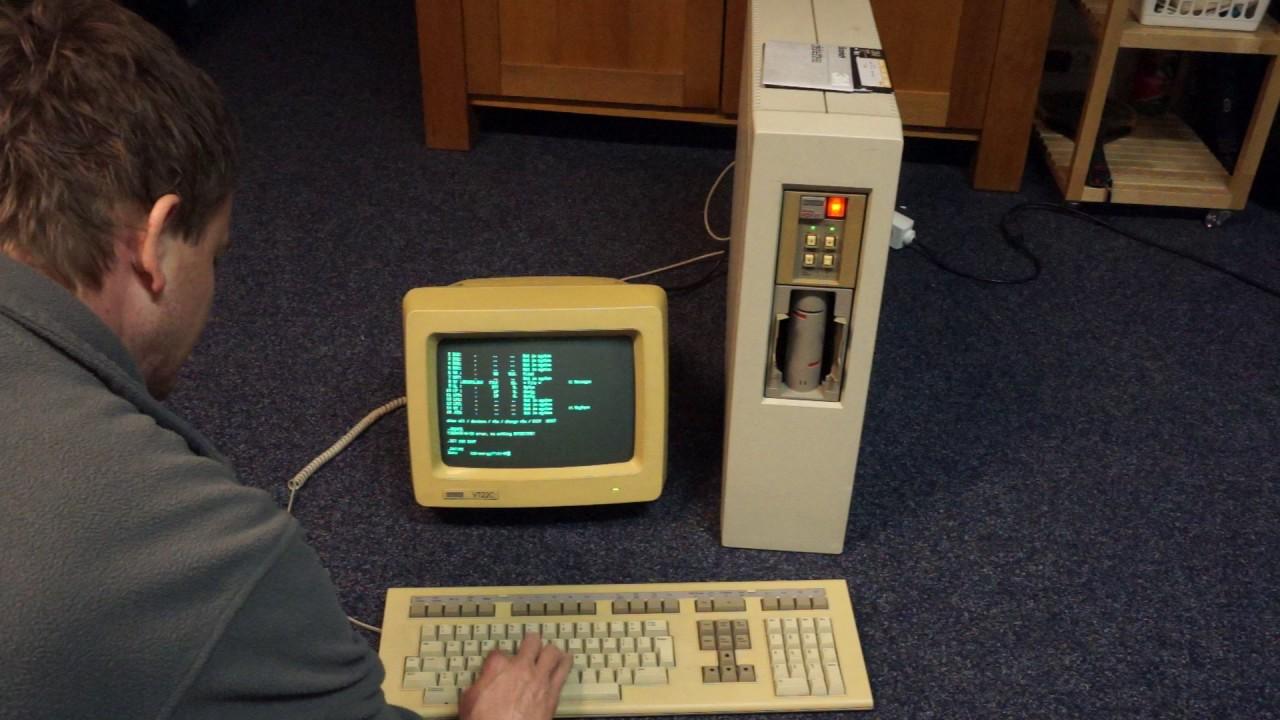 Dec Digital Micro PDP11 booting RT11