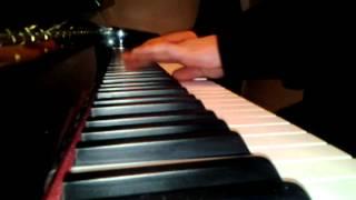 青花瓷 周杰倫 (Qing Hua Ci) piano cover by EastylerG2