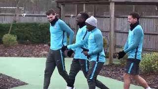 Baixar Chelsea train ahead of Barcelona
