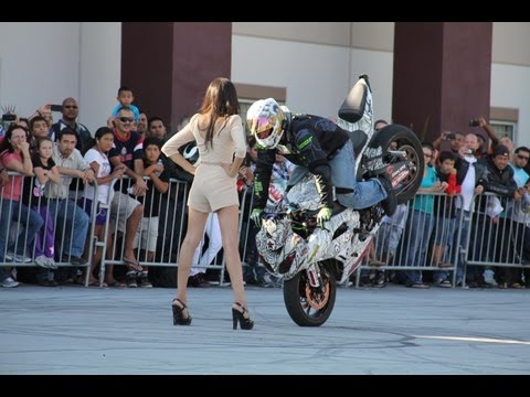 Jason Britton - No Limit Stunt Show @ Southbay Motors
