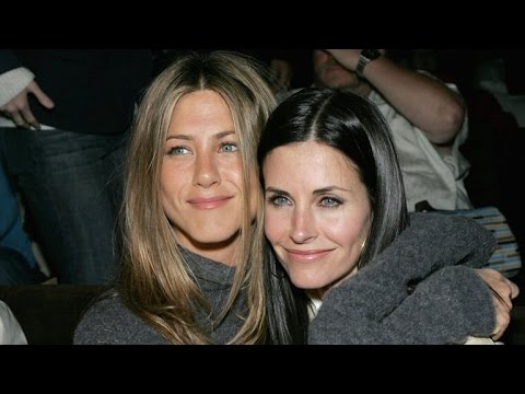 EXCLUSIVE: Courteney Cox on People Bringing Jennifer Aniston's N