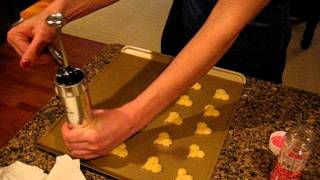 Pressed cookies using the Marcato cookie / biscuit press ...and recipe