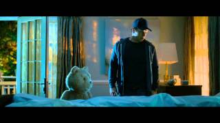 Ted 2 Official Super Bowl TV Spot (2015) - Why is TED looking at Tom Bradys balls ? (MUST WATCH)