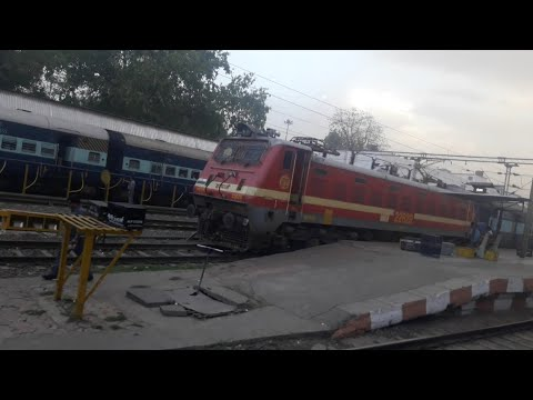 Indore to Bhopal: Panchvalley fast passenger -A complete Journey [indian railways]