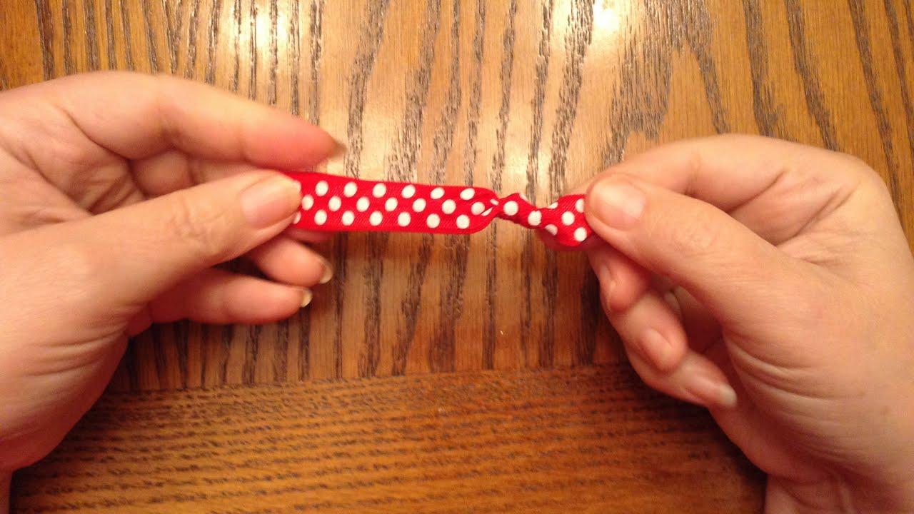 How To Make a Fold Over Elastic Hair Tie - DIY Beauty ...