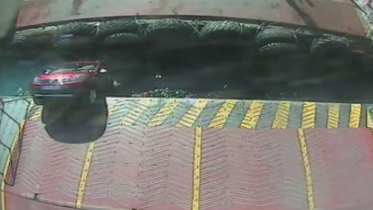 Shocking CCTV: Car slips off ramp and crushed by ferry