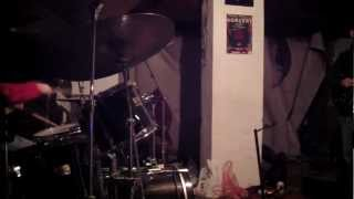 NO OFFENCE atonal improvised pseudo blues FREE PSEUDO JAZZ PSEUDO MUSIC guitar drums 01.2013