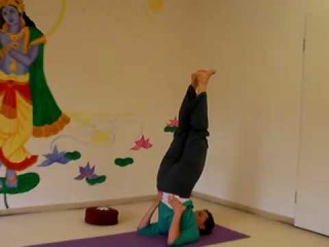Wach am Morgen - 10 Minuten Yogastunde für Energie