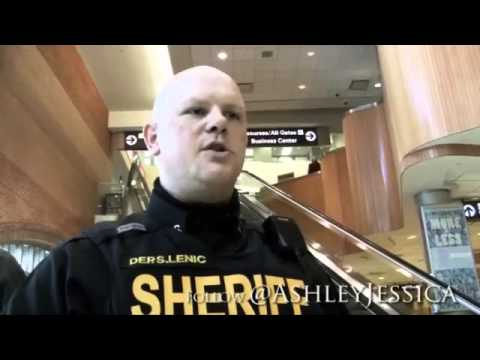 ALEX JONES Show - Shocking Video: Cop Protects 1st AMENDMENT During TSA Opt Out Campaign