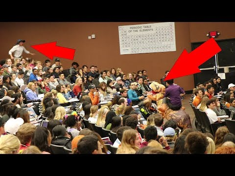 DINOSAUR CLASS PRANK at The University of Texas