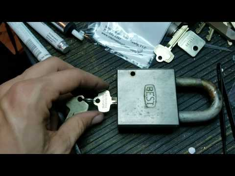 Best Lock 81B Massive Armoured Padlock Demo!