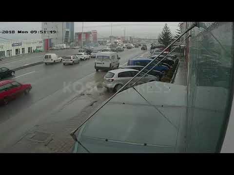 Pamje nga aksidenti në Fushë Kosovë